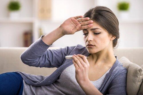 simptomi za slepo crevo