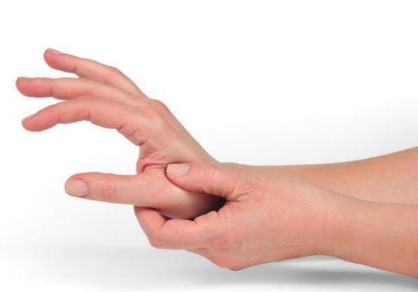 drhtanje ruku kod mladih
