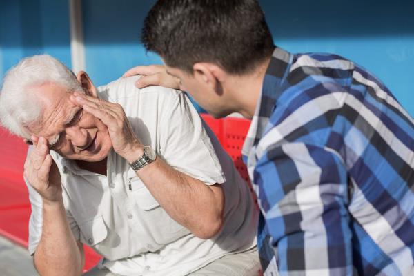mozdani udar i koma