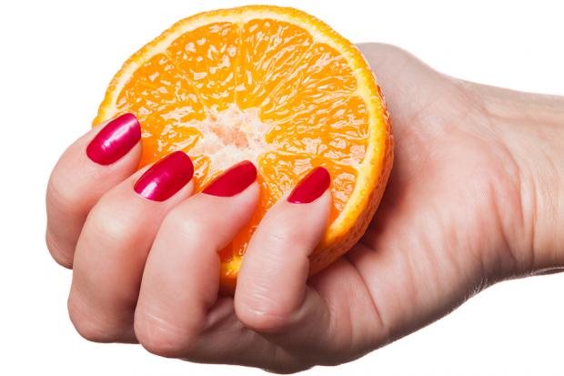 pucanje noktiju nedostatak vitamina